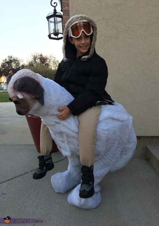 Han Solo Riding a Tauntaun Costume
