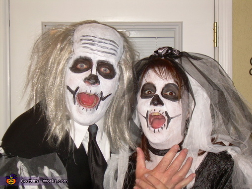 Surprise, Dead Bride and Groom Couple Costumes