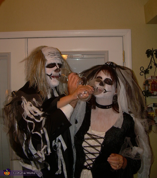Cheers to the Bride and groom, Dead Bride and Groom Couple Costumes