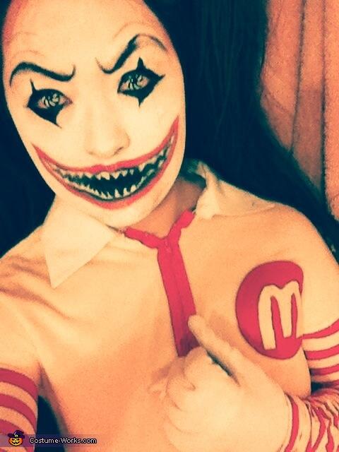 miss Ronald McDonald, Harley Quinn Costume
