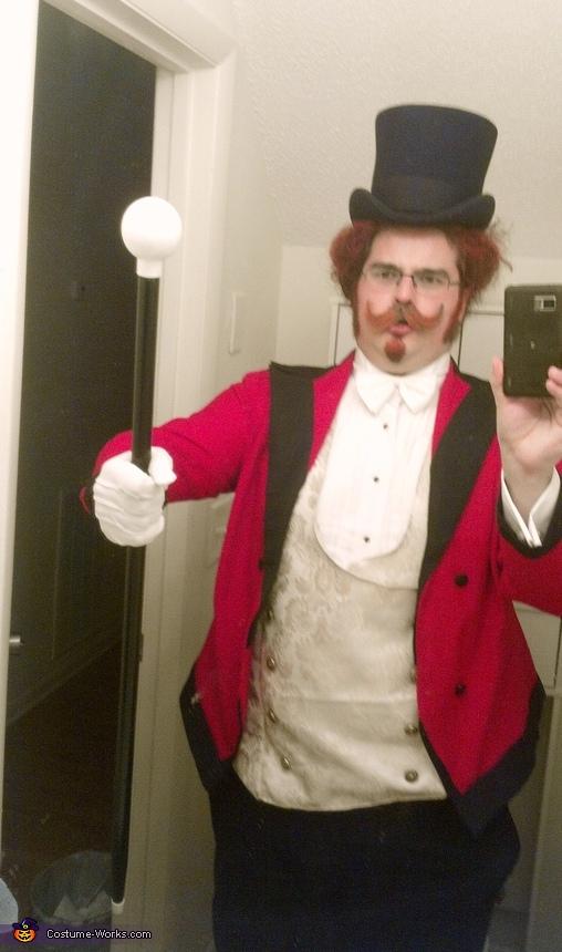 Harold Zidler Costume