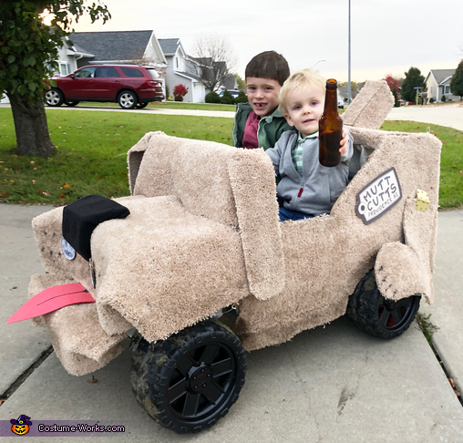"""""""Pullover!"""" No, it's a cardigan, but thanks for noticin'., Harry and Lloyd Costume"""