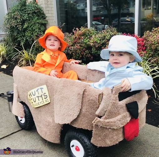 Harry and Lloyd from Dumb and Dumber Costume