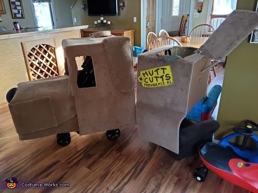 Harry & Lloyd in the Mutt Cutts Van Homemade Costume