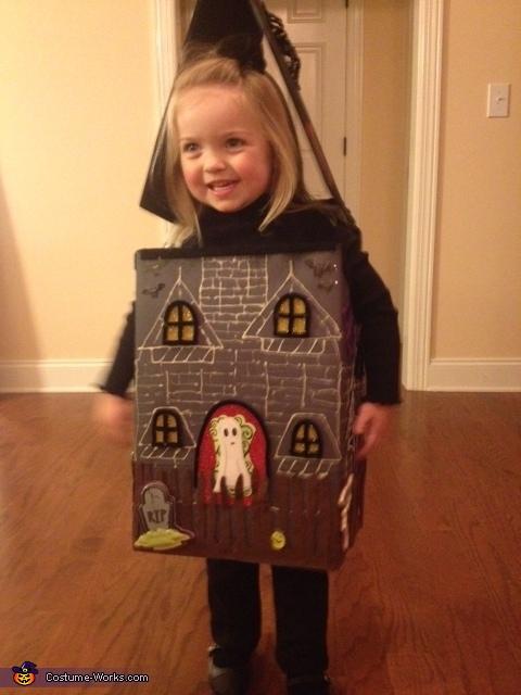 haunted house costume diy