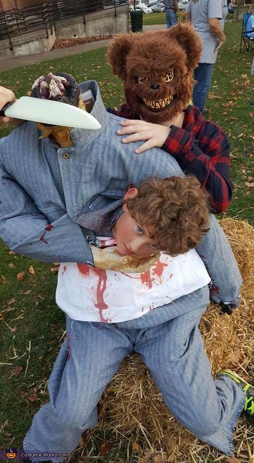 The bear cut it off, Headless Butcher Costume