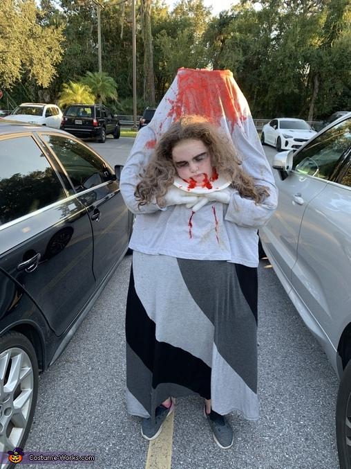 Headless girl, Headless Girl Costume