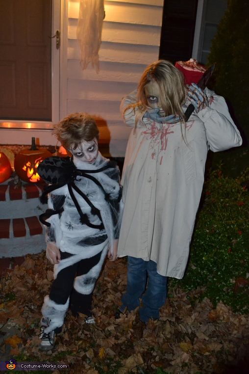 Hannah and Owen 2, Headless Girl Costume
