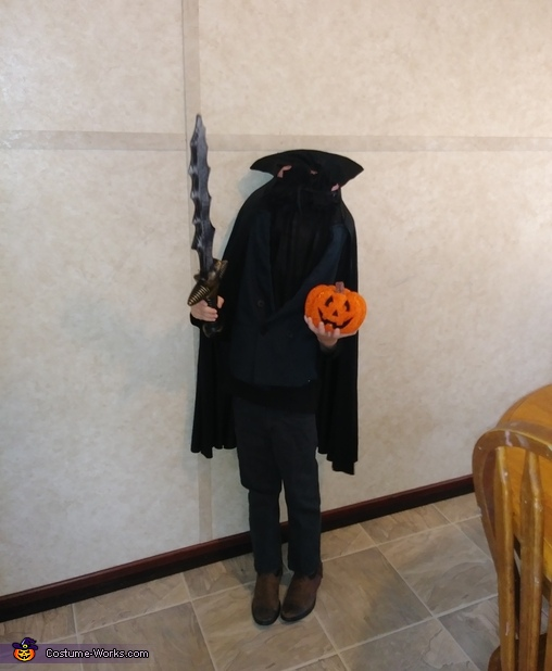 https://photos.costume-works.com/full/headless_horseman13.jpg