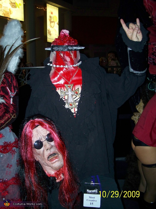 Headless Ozzy, Headless Guy Costume