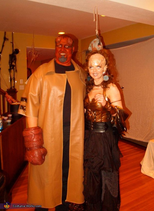 Hell Boy and The Alien 2, Hellboy and The Alien Costume