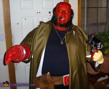 Hellboy and Gun - Homemade costumes for men