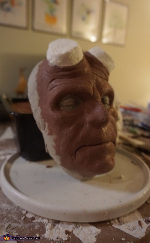 Hellboy clay sculpture, Hellboy Costume