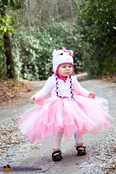 Hello Kitty Tutu and Hat - Simple, adorable and practical, Hello Kitty Baby Costume