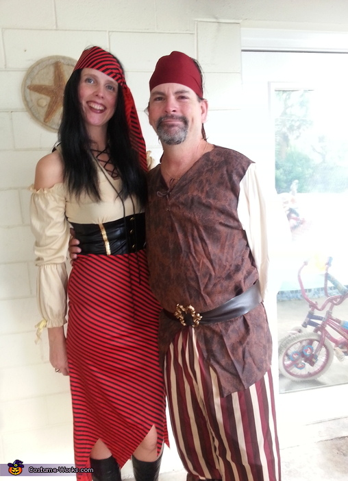 High Seas Pirate & her Buccaneer Couples Costume
