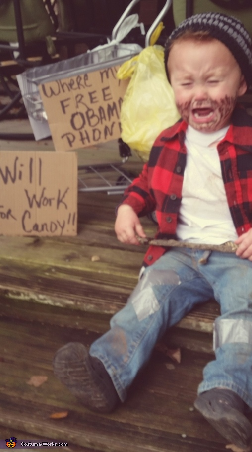 A Sad Hobo, Hobo Costume