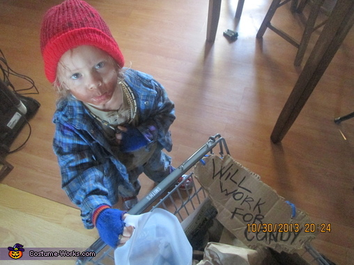 whooo will give me some candy ? , Hobo Costume