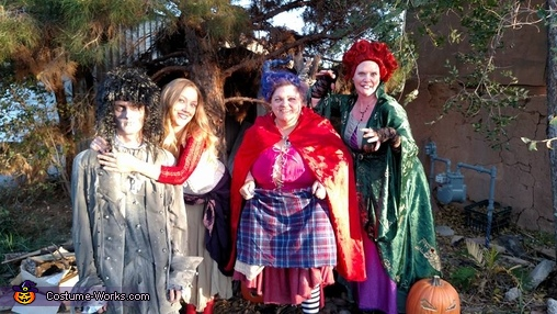 Witches in the trees, Hocus Pocus Costume