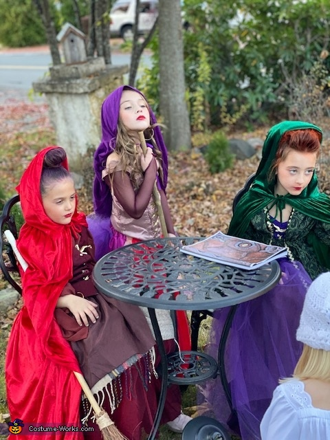 Oh Look, Another Glorious Morning, Makes me sick!, It's Just a Bunch of Hocus Pocus! Costume