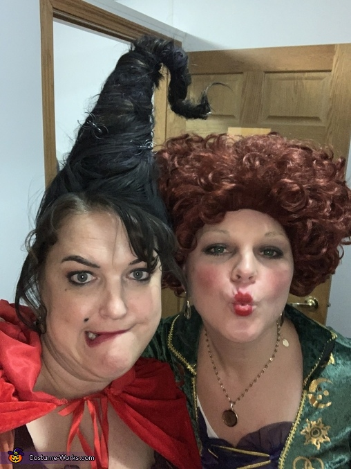 Mary and Winnie, Hocus Pocus Costume