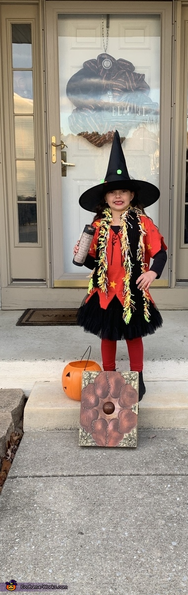 It's a full moon tonight that's when all the weirdos are out, Hocus Pocus Kids Costume