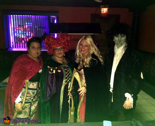 Hocus Pocus Sanderson Sisters & Billy Group Costume