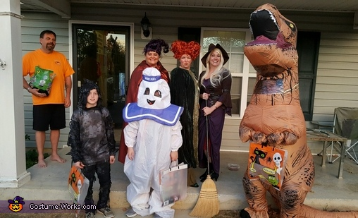 Everyone wanted our picture!, Hocus Pocus The Sanderson Sisters Costume