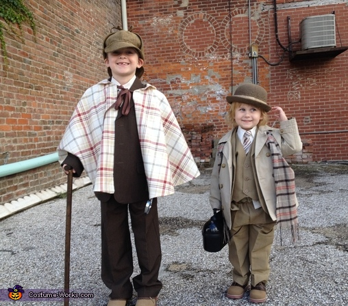 Holmes & Watson Boys Costume