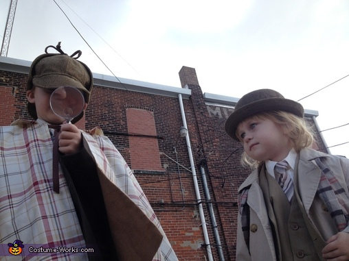 Holmes & Watson Costumes for Boys