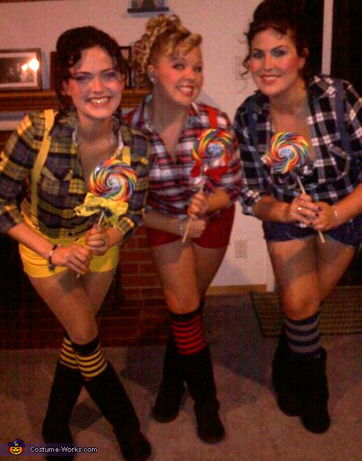 The Lollipop Guild Costumes
