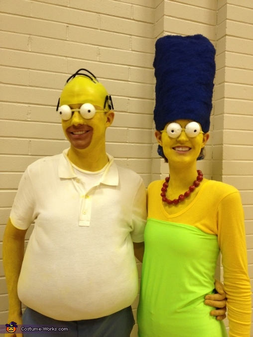 The Simpsons, Homer and Marge Simpson Couple Costume
