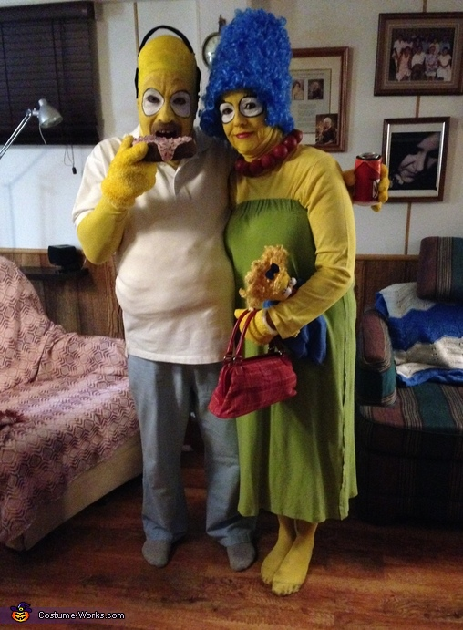 Homer and Marge Simpson Couple Costumes