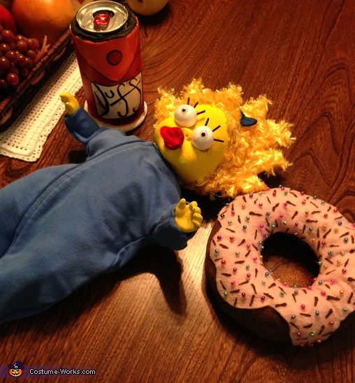 simpson's props, Homer and Marge Simpson Couple Costumes