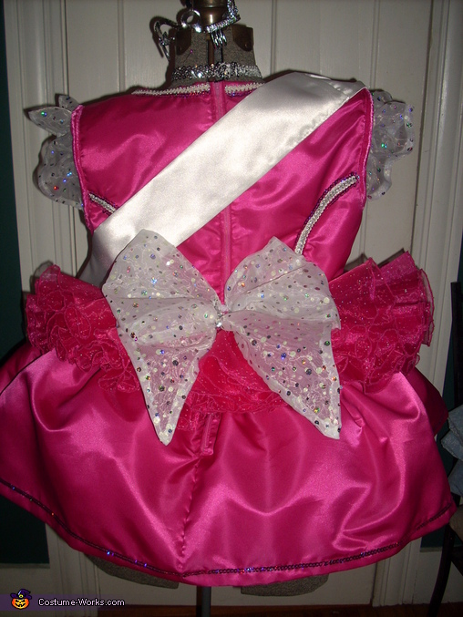 back view with butt bow, Honey Boo Boo Costume