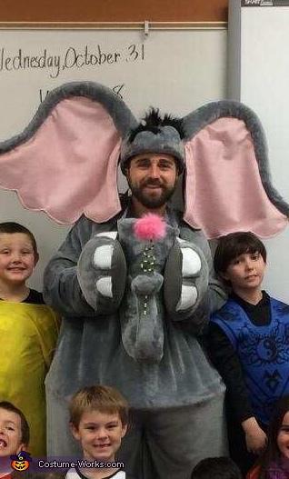 Teacher blendin in, Horton Costume