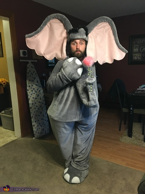 Adding finishing touches, Horton Costume