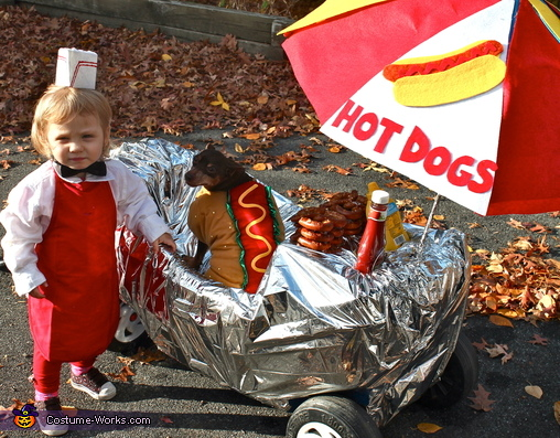Hot Dogs 4 Sale! Costume