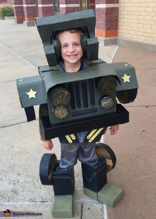 Hound the Jeep Transformer Costume