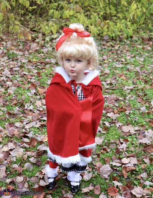 Kisses from sweet Cindy Lou Who, How the Grinch Stole Christmas Costume