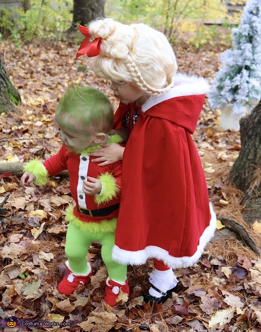 She adores him so much, How the Grinch Stole Christmas Costume