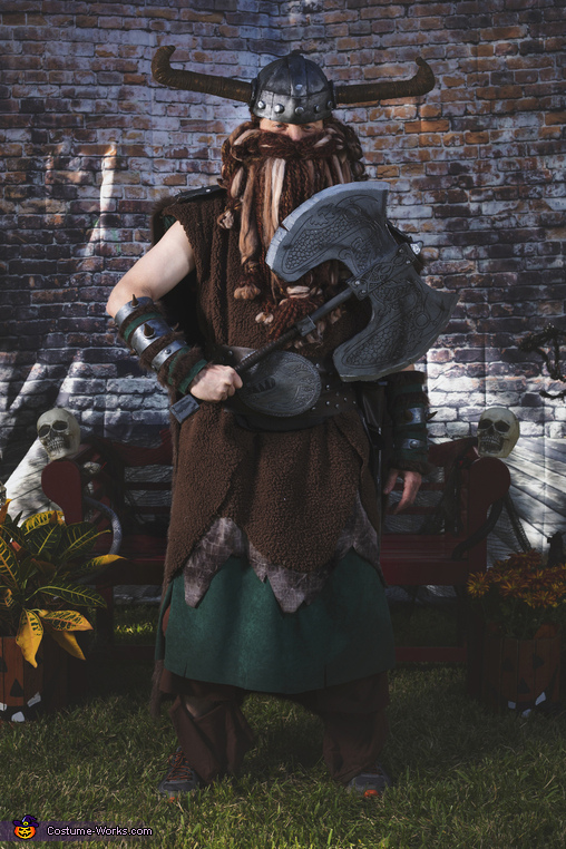 Stoick, How To Train Your Dragon Family Costume