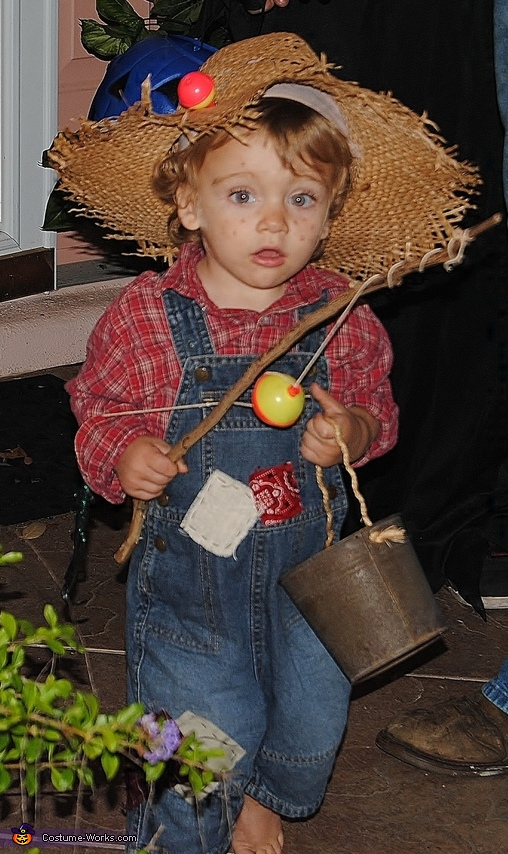 cutest halloween costumes for babies huckleberry finn costume idea for boys