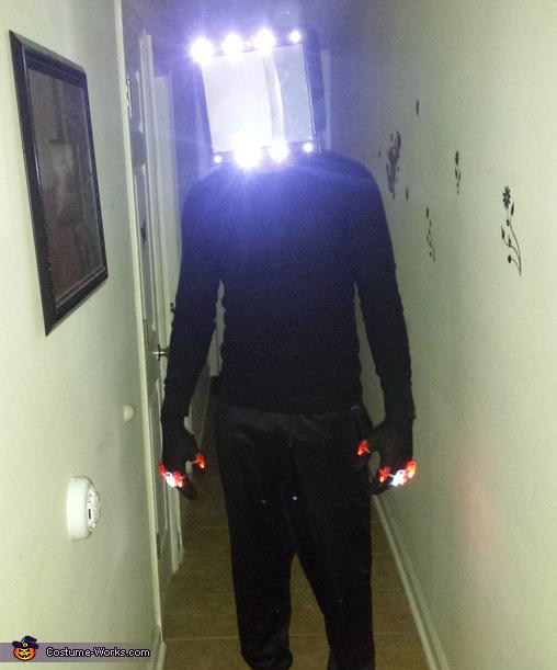 Illuminati Costume