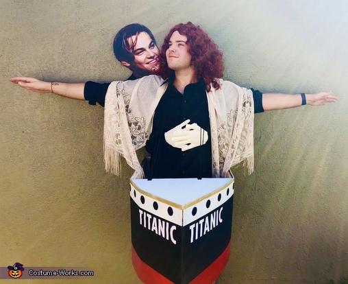 I'm flying, Jack! Costume