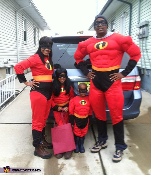 The Incredibles - Homemade costumes for families