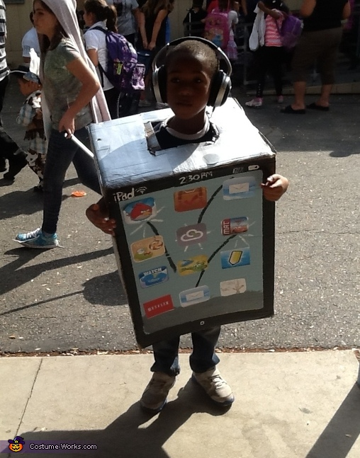 Homemade iPad Costume for Kids