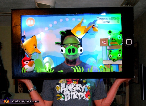 Angry Birds Playing iPad Couple Costumes