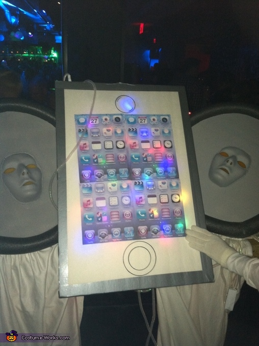 iPod & Earbuds Homemade Costume