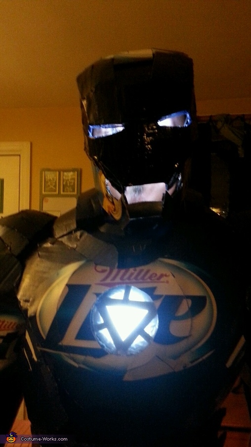 A close up, Iron Can Costume