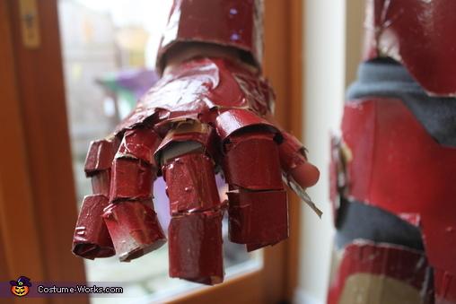 hand close up, Iron Man Costume